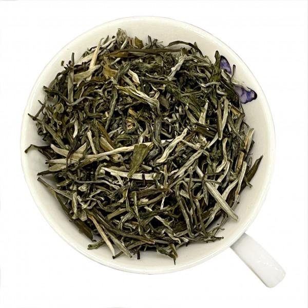 """Чай """"Инь чжень"""" (Серебряные иглы)"""